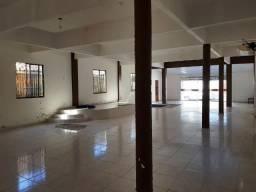 Prédio comercial ótima localização com estrutura para 2 pavimentos