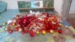 Vendo linda árvore de Natal