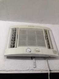 Ar-condicionado 10 mil btus Vendo Ou troco