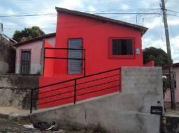 Casa no Lourival Parente com 2 quartos,sem garagem