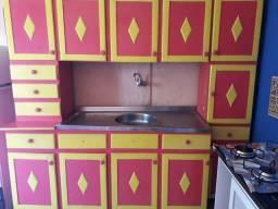 Armário de cozinha com pia inox