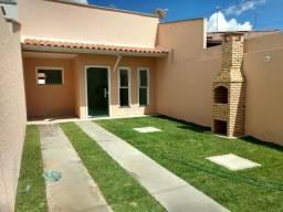 Casa com 3 Quartos na região da Messejana/Pedras - Localização Extra na Av. Principal r