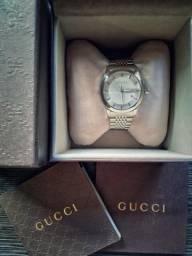 e126ef2c00e Relogio Gucci
