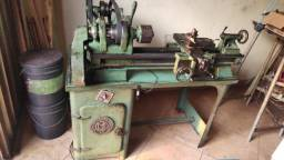 Torno mecânico de bancada Joinville TM 117 com acessórios