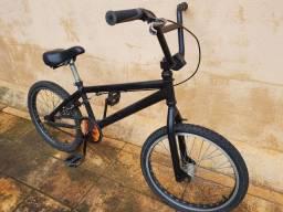 Bicicleta aro 20, BMX Prox, em perfeito estado