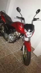 Moto Honda Titan