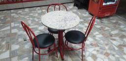 Mesas e cadeiras para sorveteria