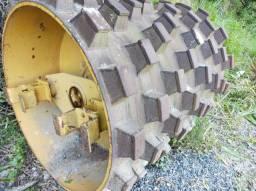 Rolo compactador tambor carneiro