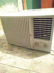 Ar condicionado Eletrolux 18000 btus