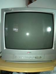 "TV 29"" LG, com conversor digital"