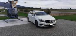 Mercedes-Benz Classe A200 1.6 Turbo / Baixa Km / Impecável