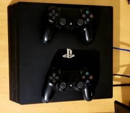 PS4 Pro - 1TB - 50 jogos +