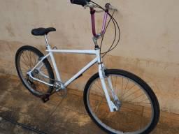 Bicicleta Caloi Cruiser algumas peças da extra Light