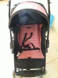 Vendo um carrinho de bebê com pouco tempo de uso