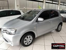 Toyota Etios HB XS 1.5 2014
