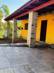 Velleda oferece bela casa próximo de tudo, aceita troca sítio, local seguro