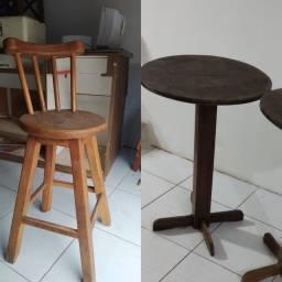 Mesa com cadeiras BISTRÔ