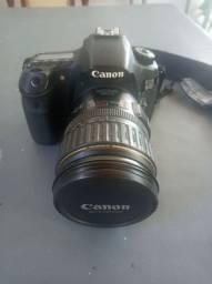 Câmera Canon 60D pronta para uso