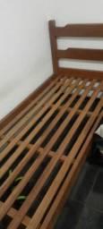 Cama de solteiro, madeira maciça