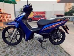 Honda Biz 125 flex.
