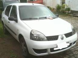 Clio Sedan 1.6 Autentique Hi-Flex