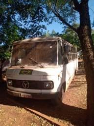 Vendo micro ônibus 608 d, 21.000,00