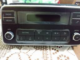 Rádio automotivo AM/FM Nissan Versa 2021/21