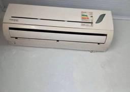 Vendo 03 (ar condicionado )