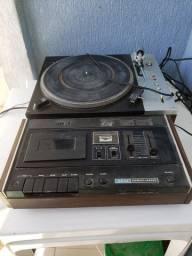 Leitor de cassette  + leitor de disco antigo