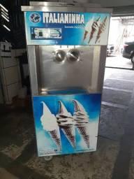 Máquina de sorvete italianinha 4000,00