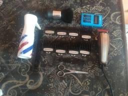 Material de barbearia.