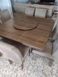 Mesa 8 cadeiras com tampo giratório