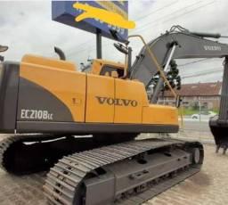 Escavadeira EC210BLC Volvo