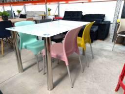 Mesa 140x80 4 cadeiras