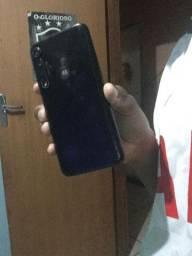 Troco moto G8 plus em iPhone 6s plus ou 7plus com volta minha