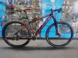 Bicicleta 29 First 17.5 12v SLX Suspensão a Ar e Freio Hidráulico