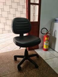 Cadeira Secretária Novíssima