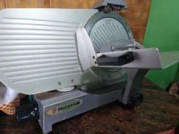 Máquina de cortar frios