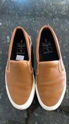Sapato Reserva em couro novo