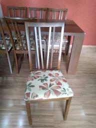 Mesa de jantar usada 6 cadeiras marca  Matrezan