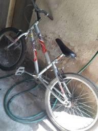 Bicicleta Ferrari aro 20 muito boa