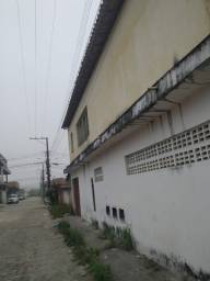 Prédio com 02 pontos comercial e 02 casas de aluguel bem localizado