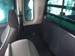 Fiat Strada 1.8 Completa -Troco em Kombi