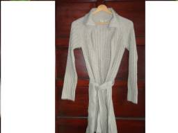 Casaco feminino em lã bege canelado