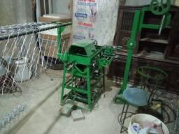 Vendo máquina de fazer telas . alambrado