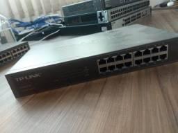 Switch 24 Portas D-Link DES-1024A