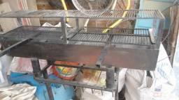 Vendo mesas bancos churrasqueira