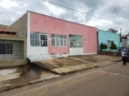Casa 2/4 + 05 Kit Net Renda 2500 Centro de Taquaralto Airton 984979080