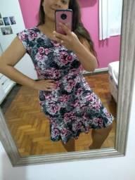 Vestido lindo florido M/G barbada!