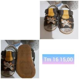 Sapatos e sandália menino bebê  4 por 50,00